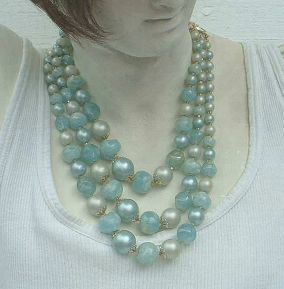 3 Strand Pearls Vintage