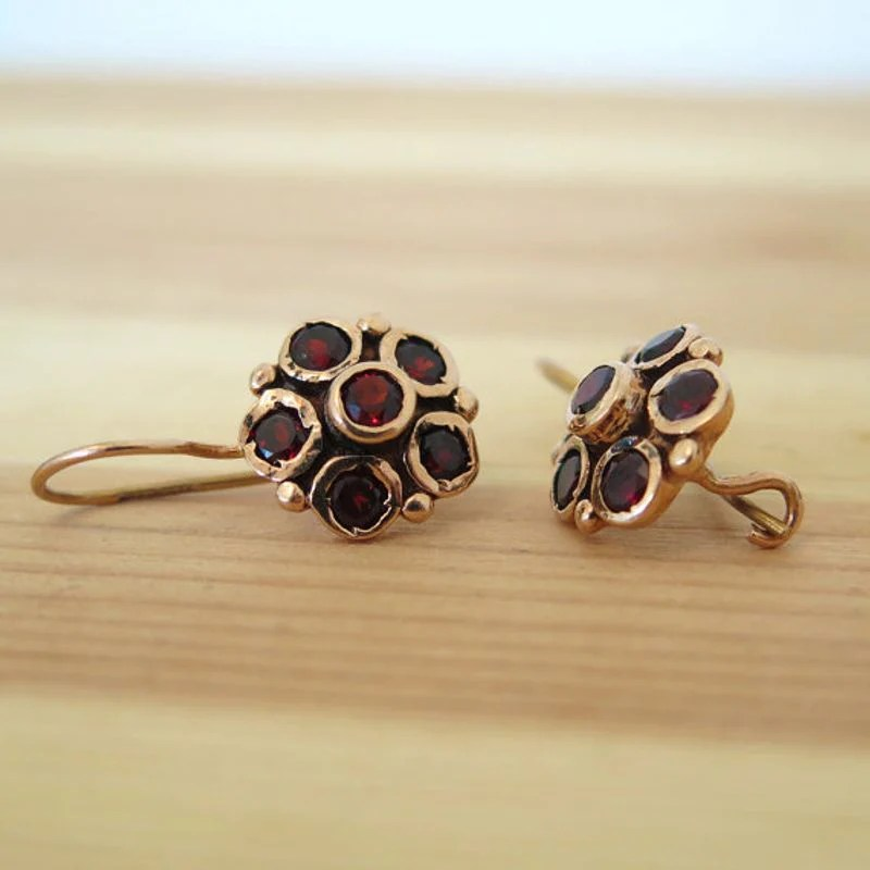 6da1ed145 14K Yellow Gold Garnet Flower Vintage Earrings Aditajewels