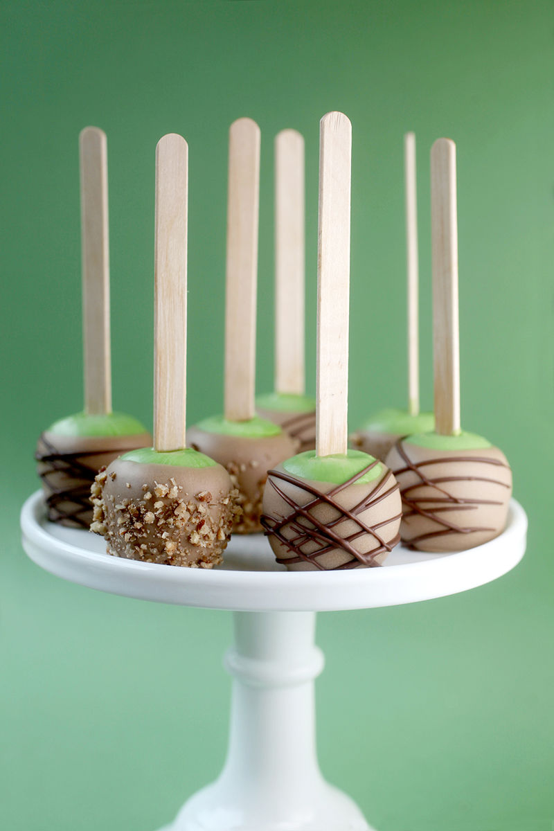 Candy Apple Cake Pops Quot Caramel Apple Cake Pop Quot