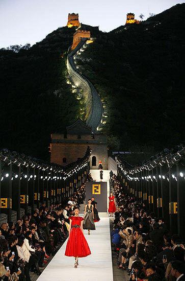 Great Wall Of China Fashion Show Fendi Walks The Wall