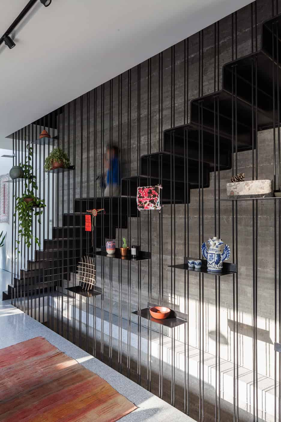 15 Geometric Staircase Designs