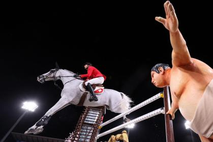 Tokyo Olympics: this ready-to-jump sumo scares the horses