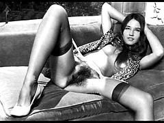 Sexy Sluts Show Off Their Hot Sexy Pussys Hairy retro vintage