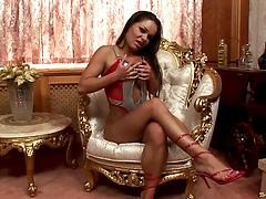 Hot porn movie of a crazy brunette cowgirl in a steaming sex action Blowjob brunettes close up