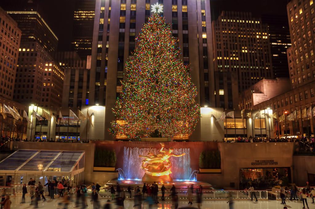 Center Rockefeller Tree Lit