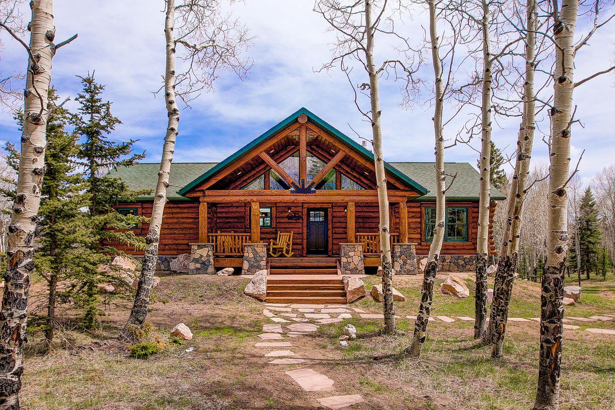 Log Cabin House Kits