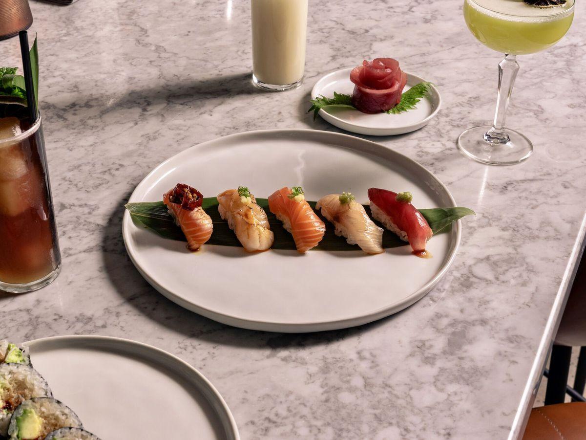 Sushi Restaurants Near 85054