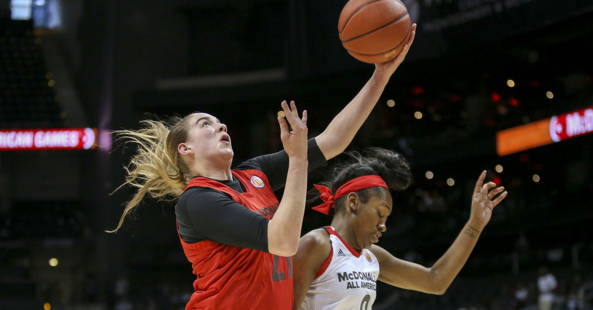 Syracuse women's basketball commit Emily Engstler wins ...