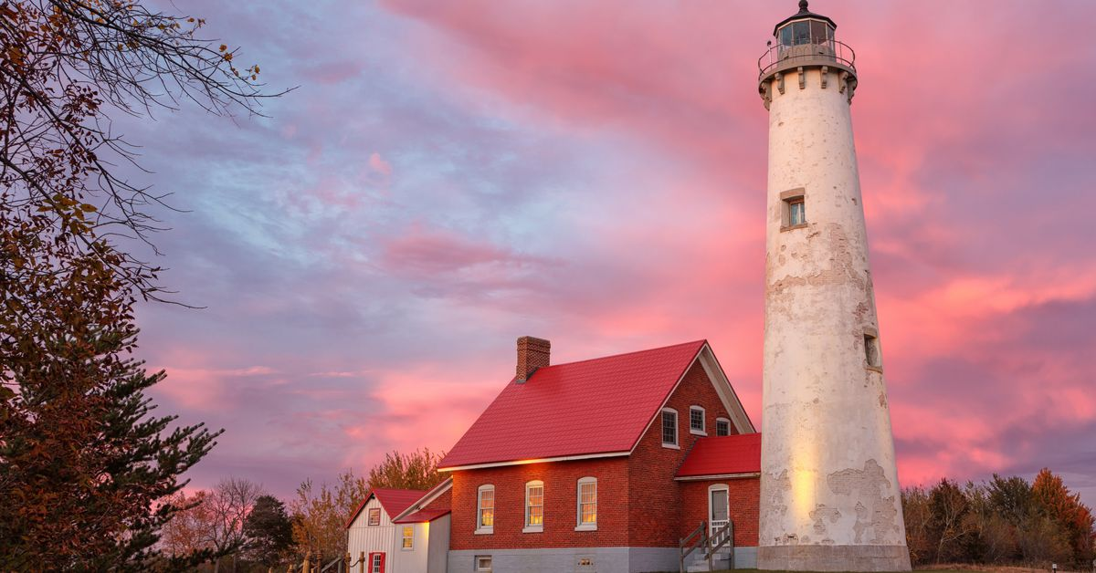 Lighthouses In Michigan You Can Visit Mapped Curbed Detroit