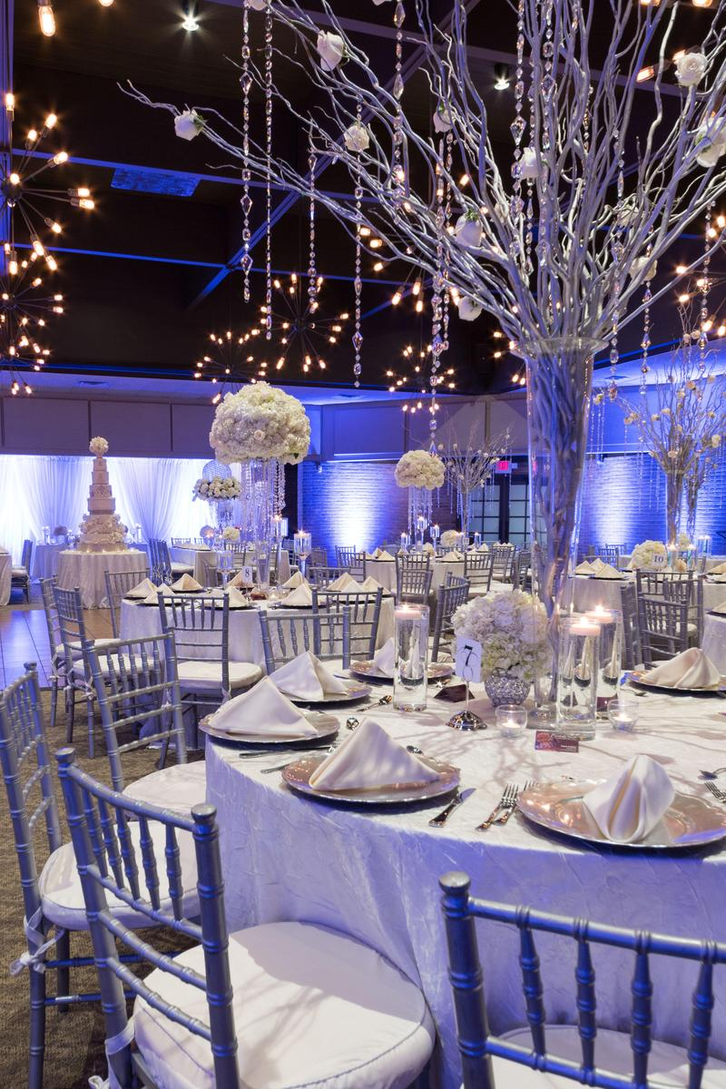 Freedom Hill Banquet Amp Event Center Weddings Get Prices For Wedding Venues In Mi