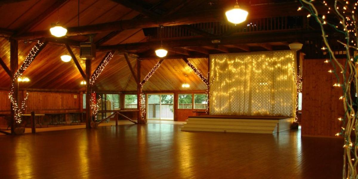 Lake Lawrence Community Club Weddings Get Prices For Wedding Venues