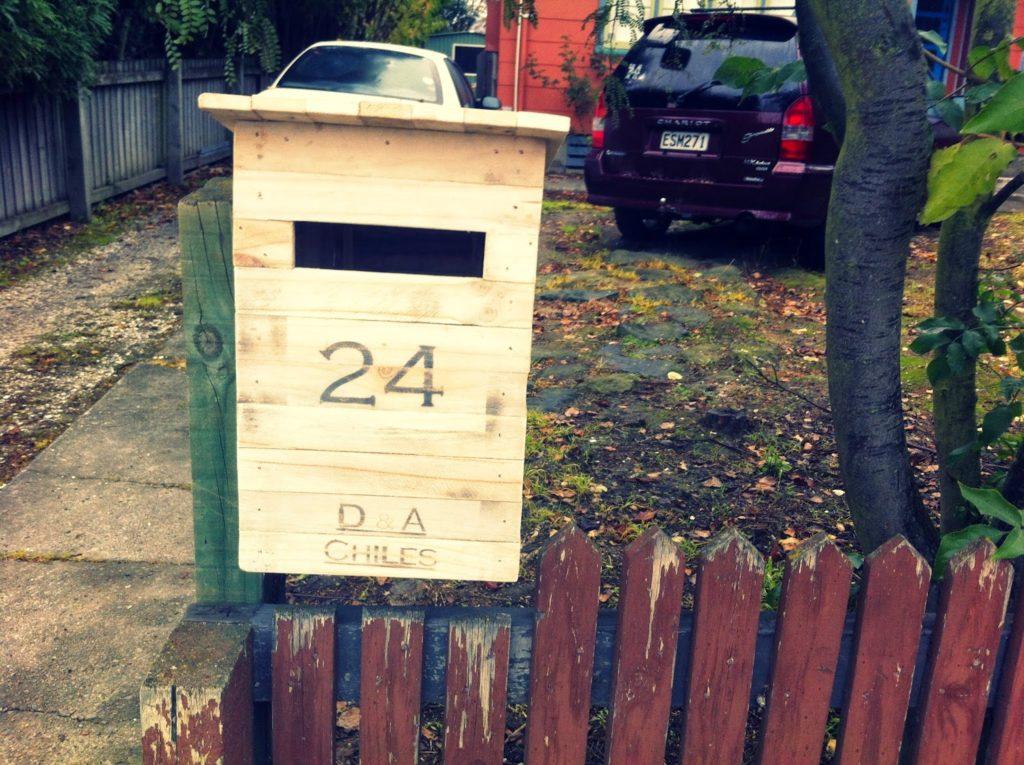 You Ve Got Mail 11 Ways To Diy Your Mailbox