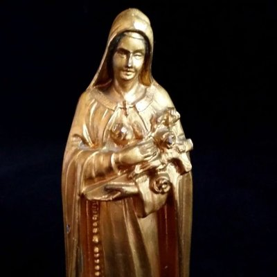 Saint Therese of Lisieux Statue : The Vintage Catholic ...