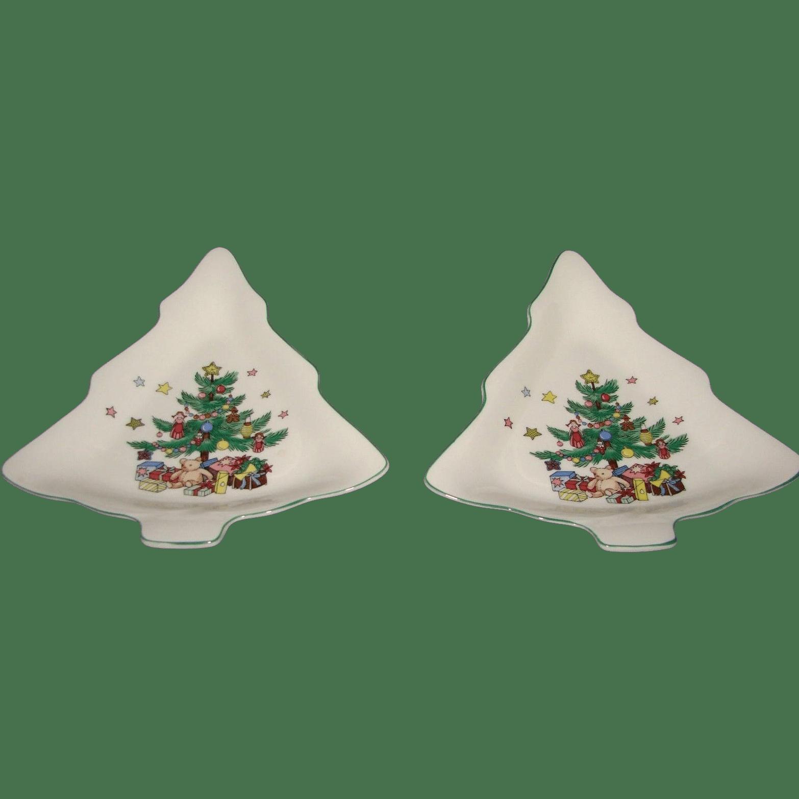 Nikko Christmas Tree Dishes