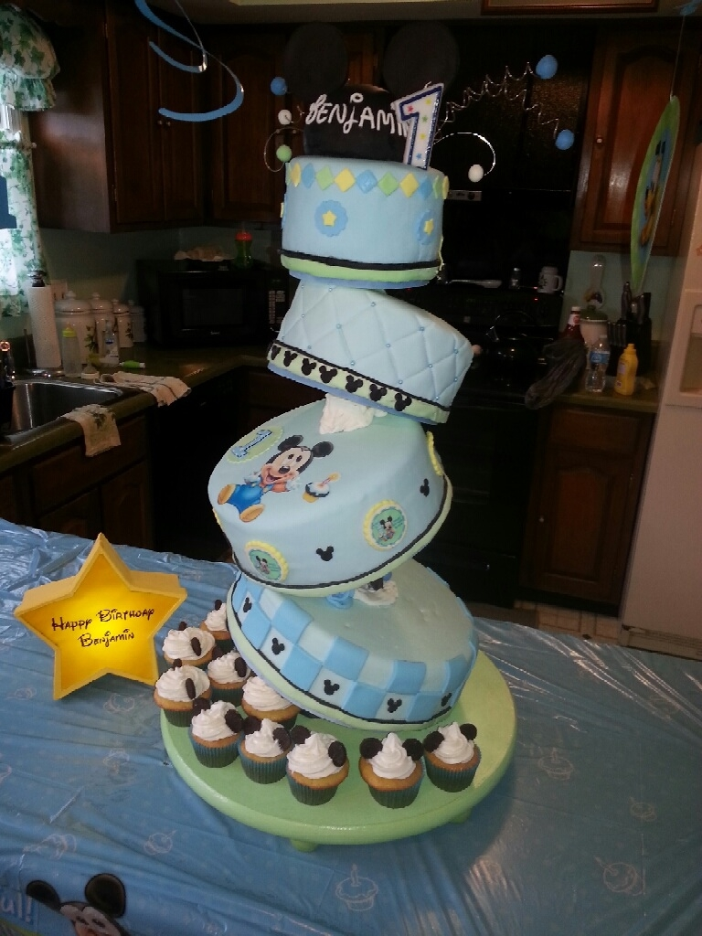 Baby Mickey Cake For Boy First Birthday Cakecentral Com
