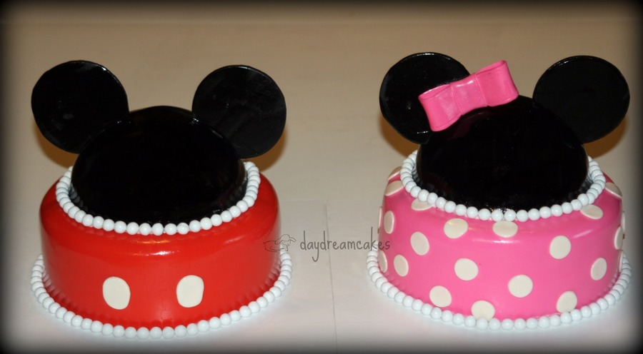 Mickey And Minnie Twins Cakecentral Com