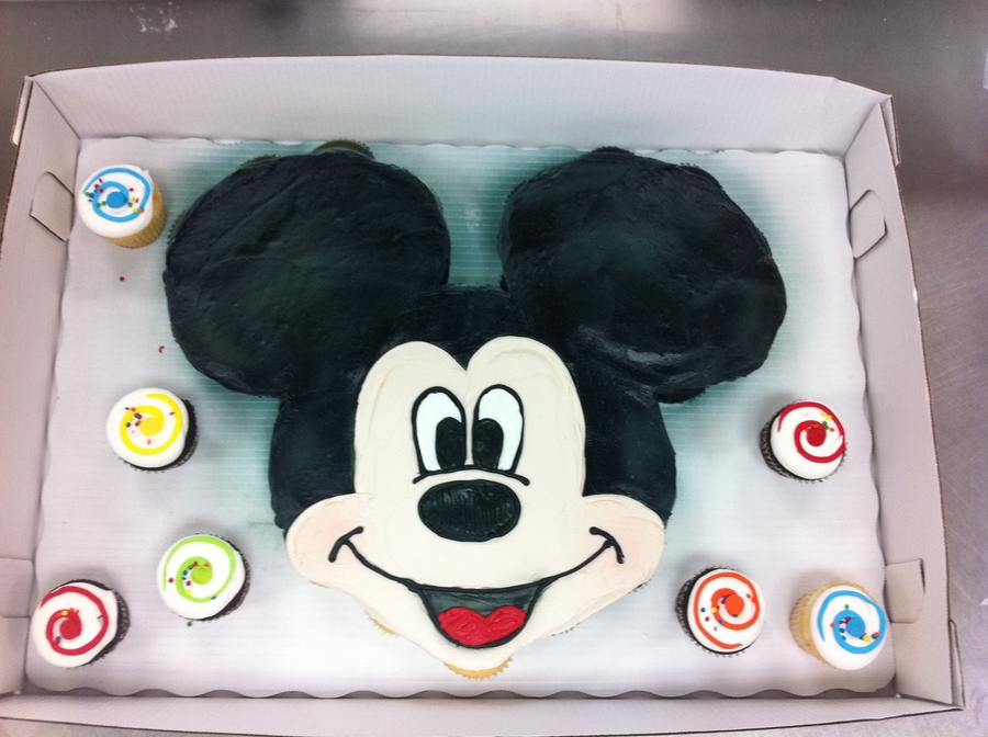 Mickey Mouse Cupcake Cake Cakecentral Com