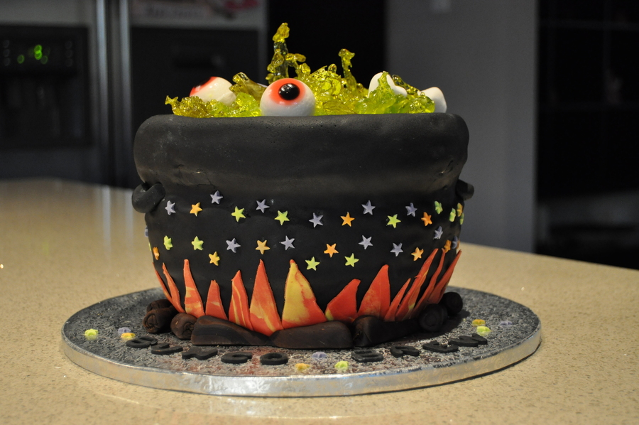 Bubbling Witches Cauldron Halloween Cake Cakecentral Com
