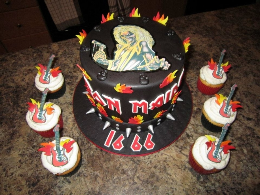 Heavy Metal Iron Maiden Cake Cakecentral Com