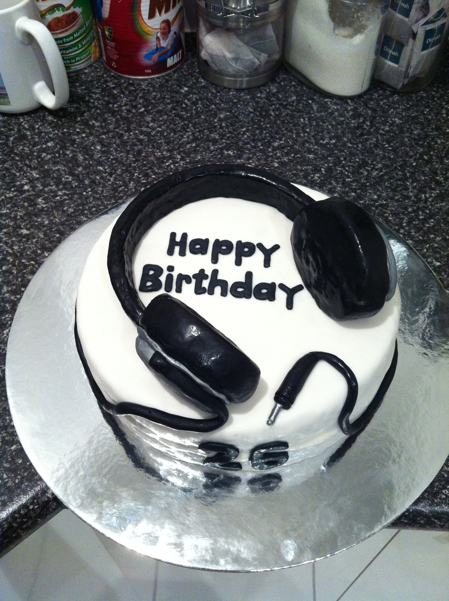 Headphone Cake Cakecentral Com