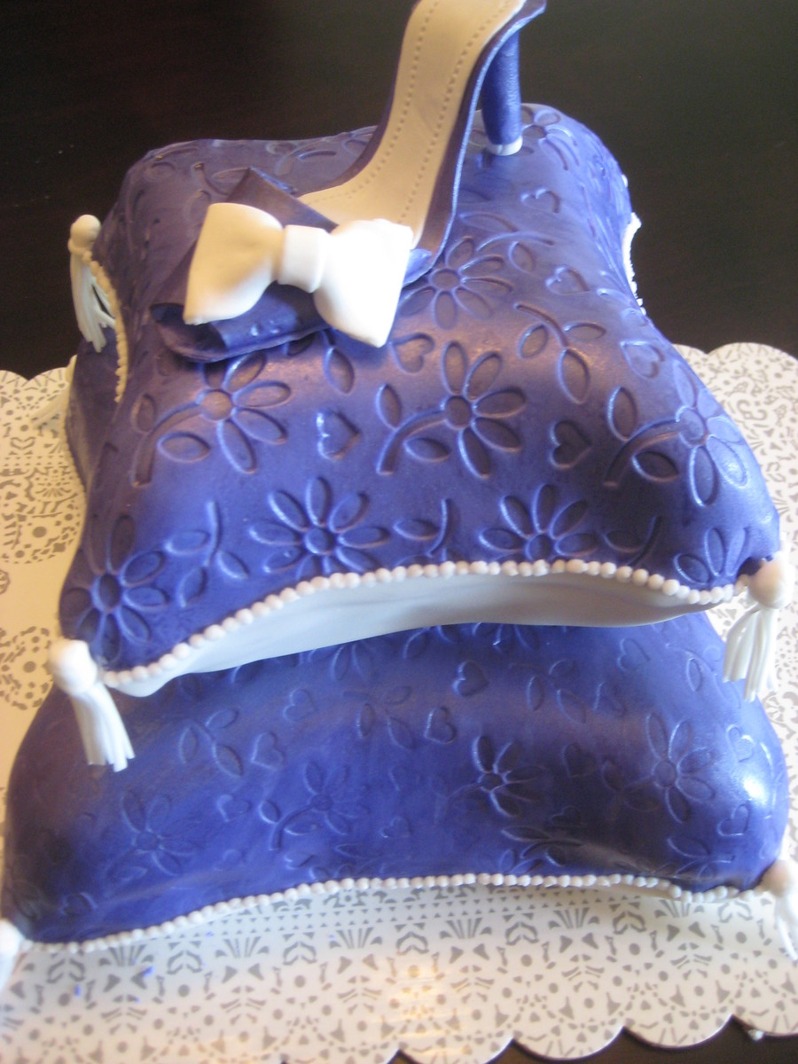 Pillow Cake With High Heels Cakecentral Com
