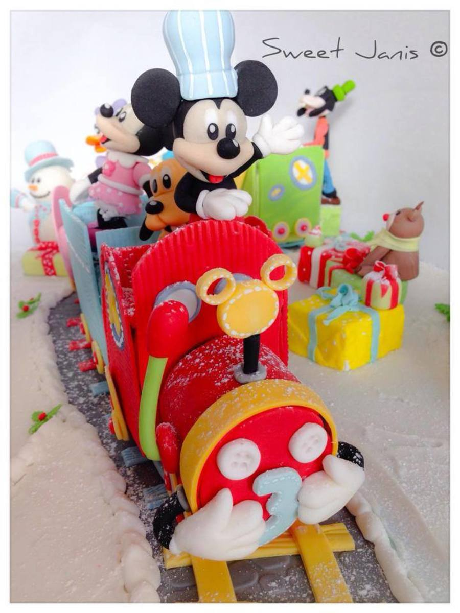 Mickey Mouse Amp Friends Choo Choo Cakecentral Com