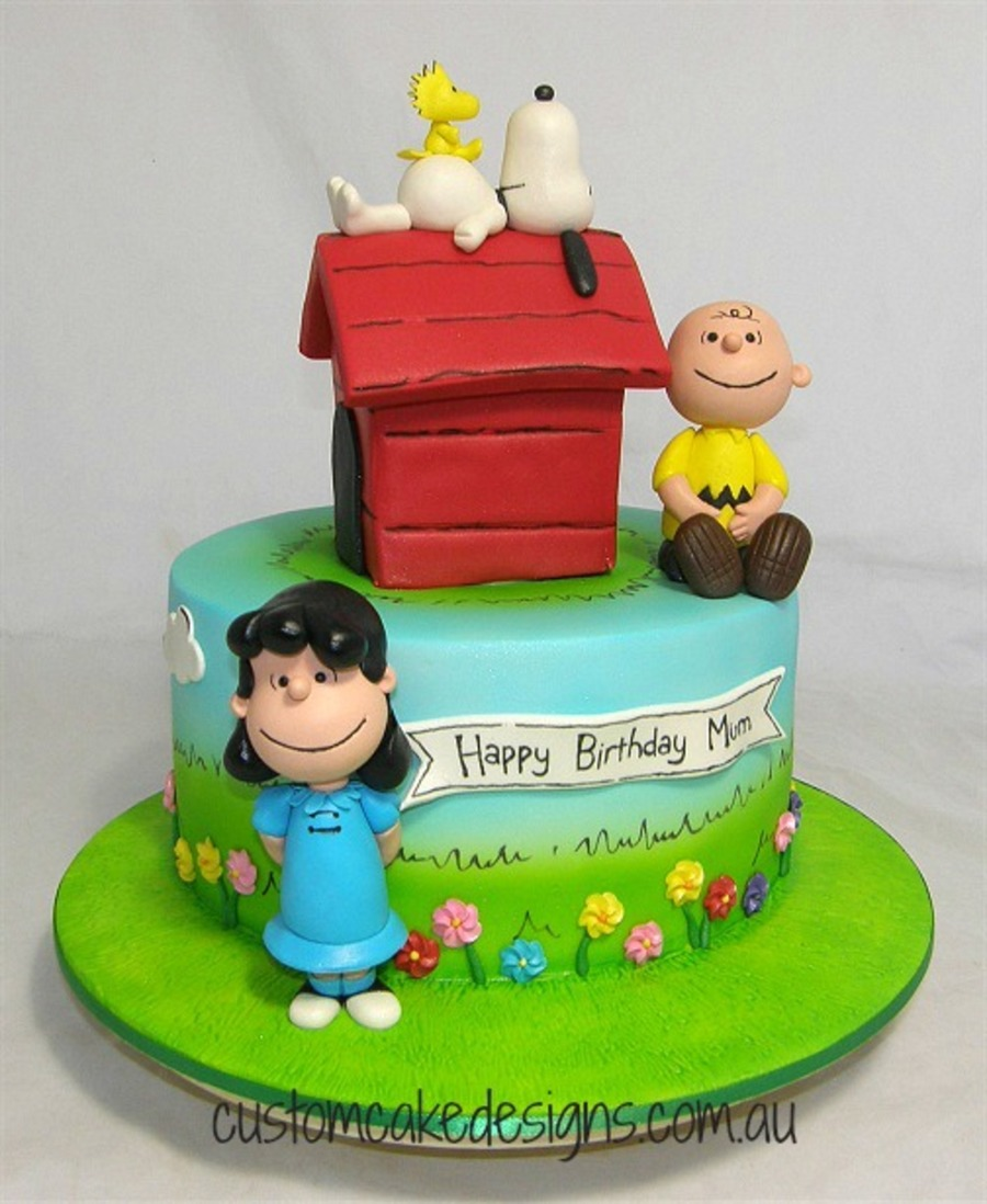 Peanuts Snoopy And Friends Cake Cakecentral Com