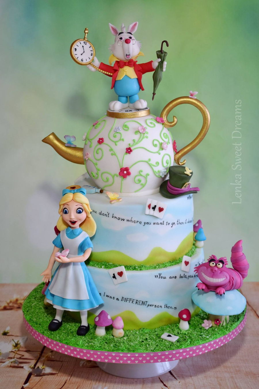 Alice In Wonderland Cake Cakecentral Com