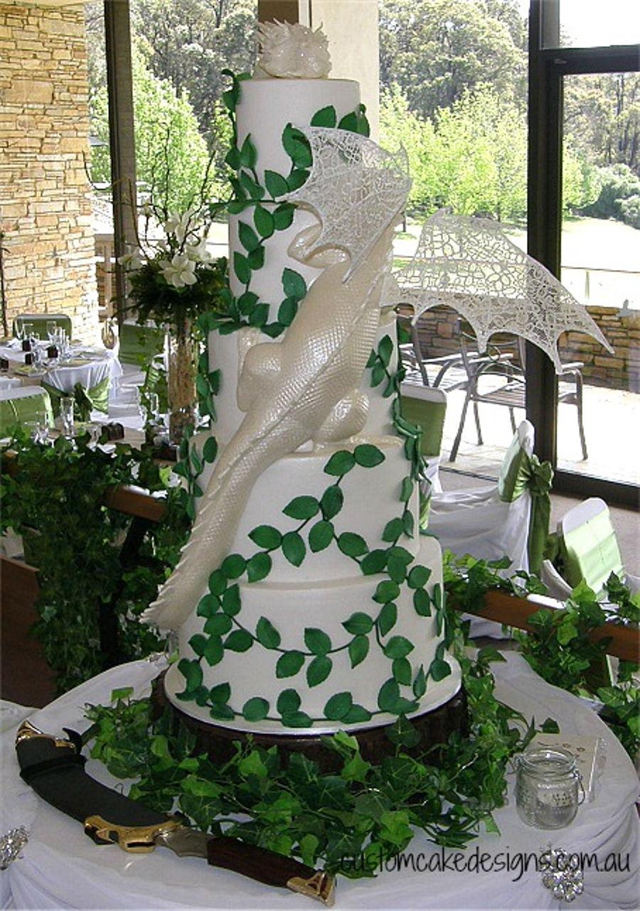 Smaug Dragon Wedding Cake Cakecentral Com