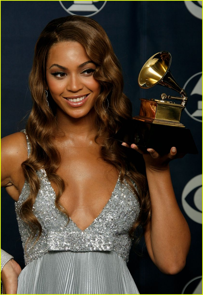 Beyonce Grammys 2007 Photo 2418743 Beyonce Knowles