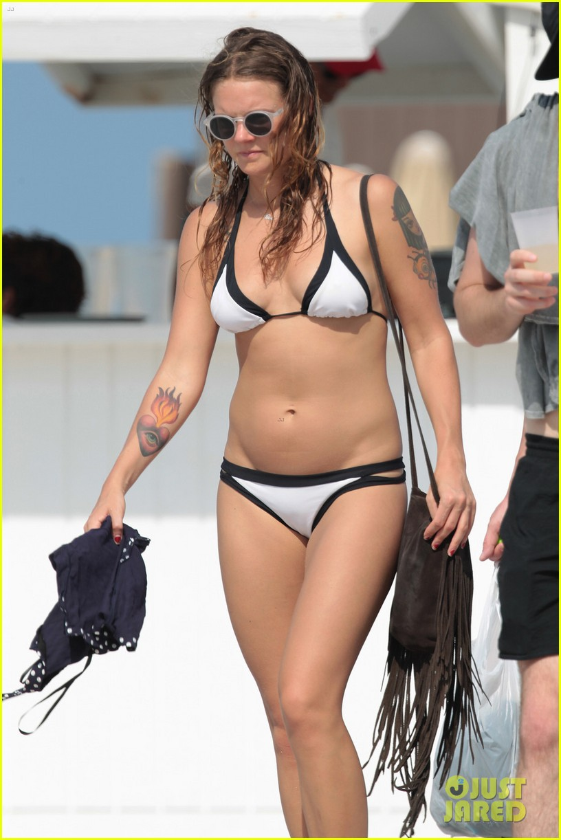 Tove Lo Gets Us 'Talking Body' with These New Bikini ...