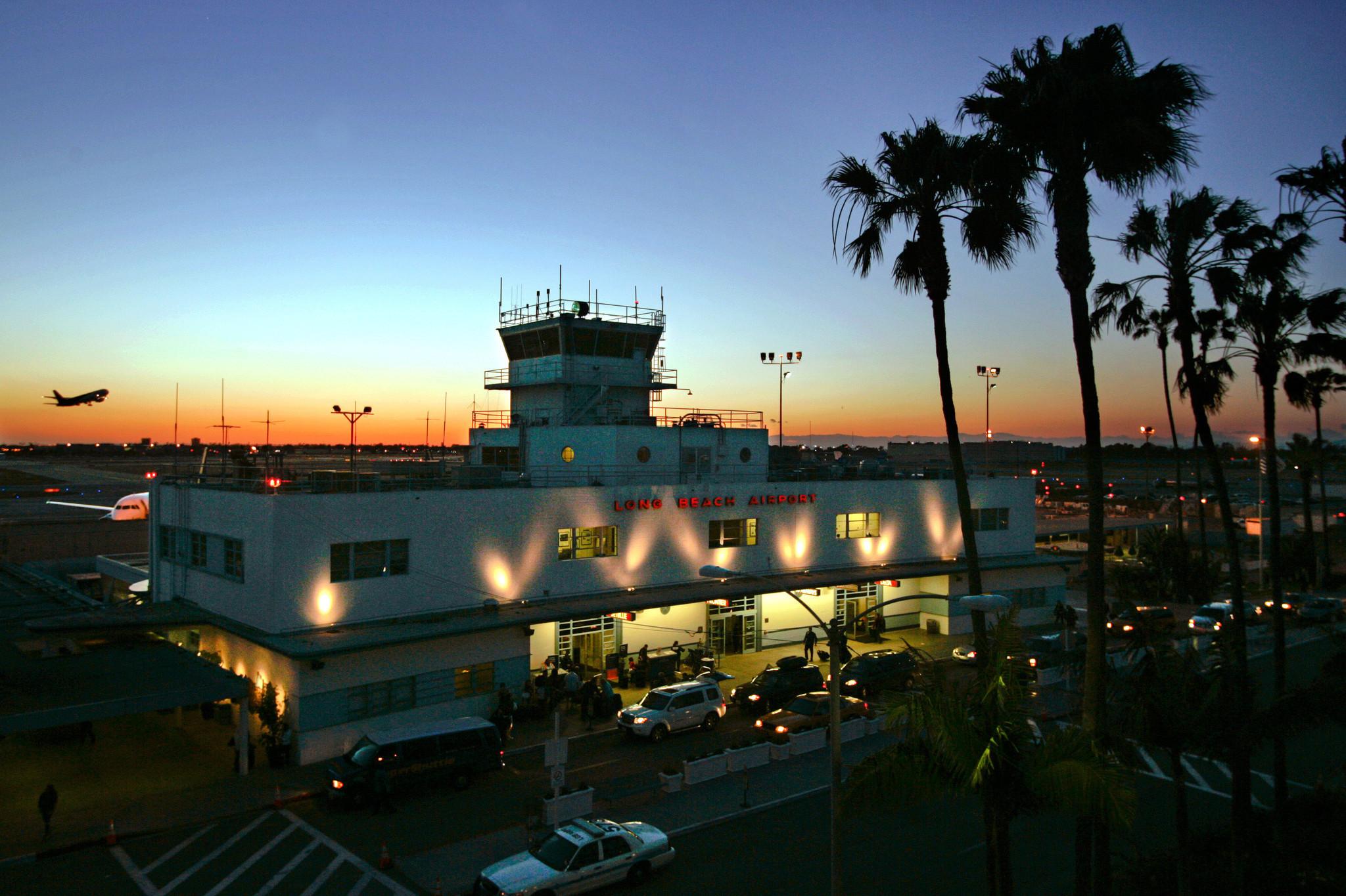 long beach airport - HD2000×1124