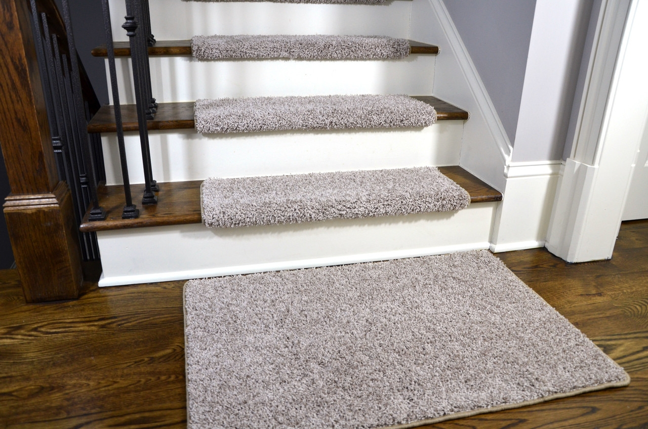 Dean Modern Diy Peel And Stick Bullnose Wraparound Non Skid Carpet | Carpet For Bedrooms And Stairs | Modern Staircase | Staircase Remodel | Dark Grey Carpet | Stair Railing | Stair Treads