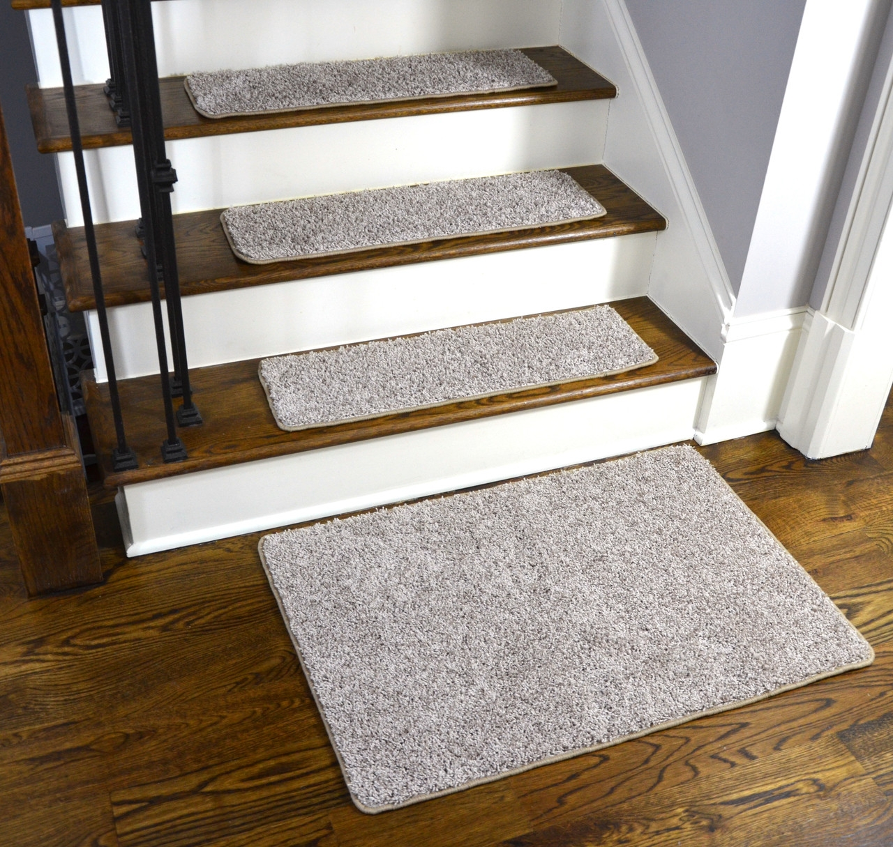Dean Washable Non Slip Carpet Stair Treads Macadamia Beige Set   Washable Carpet Stair Treads   Removable Washable   Machine Washable   Rubber Backing   Slip Resistant   Self Adhesive