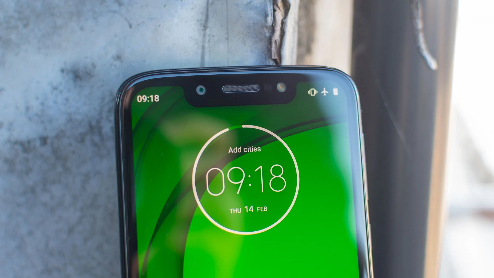 Motorola Moto G7 Play Review Motorola S Cheap And Almost