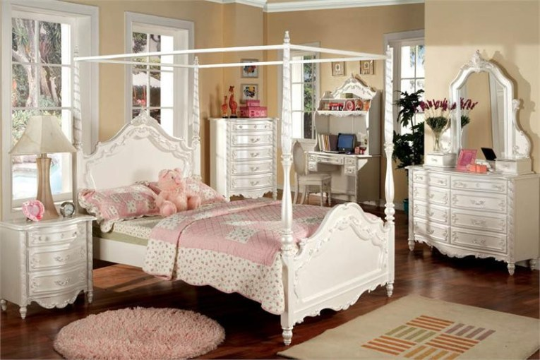 Victoria Pearl White Fairy Tale Twin Canopy Bed   Beds for Girls Victoria Pearl White Fairy Tale Twin Canopy Bed