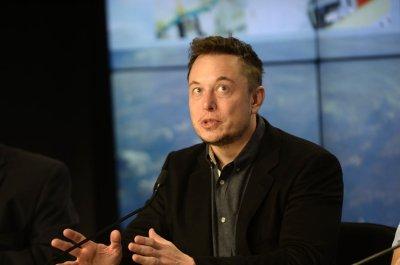 Elon Musk again slams SEC over tweet about Tesla auto ...