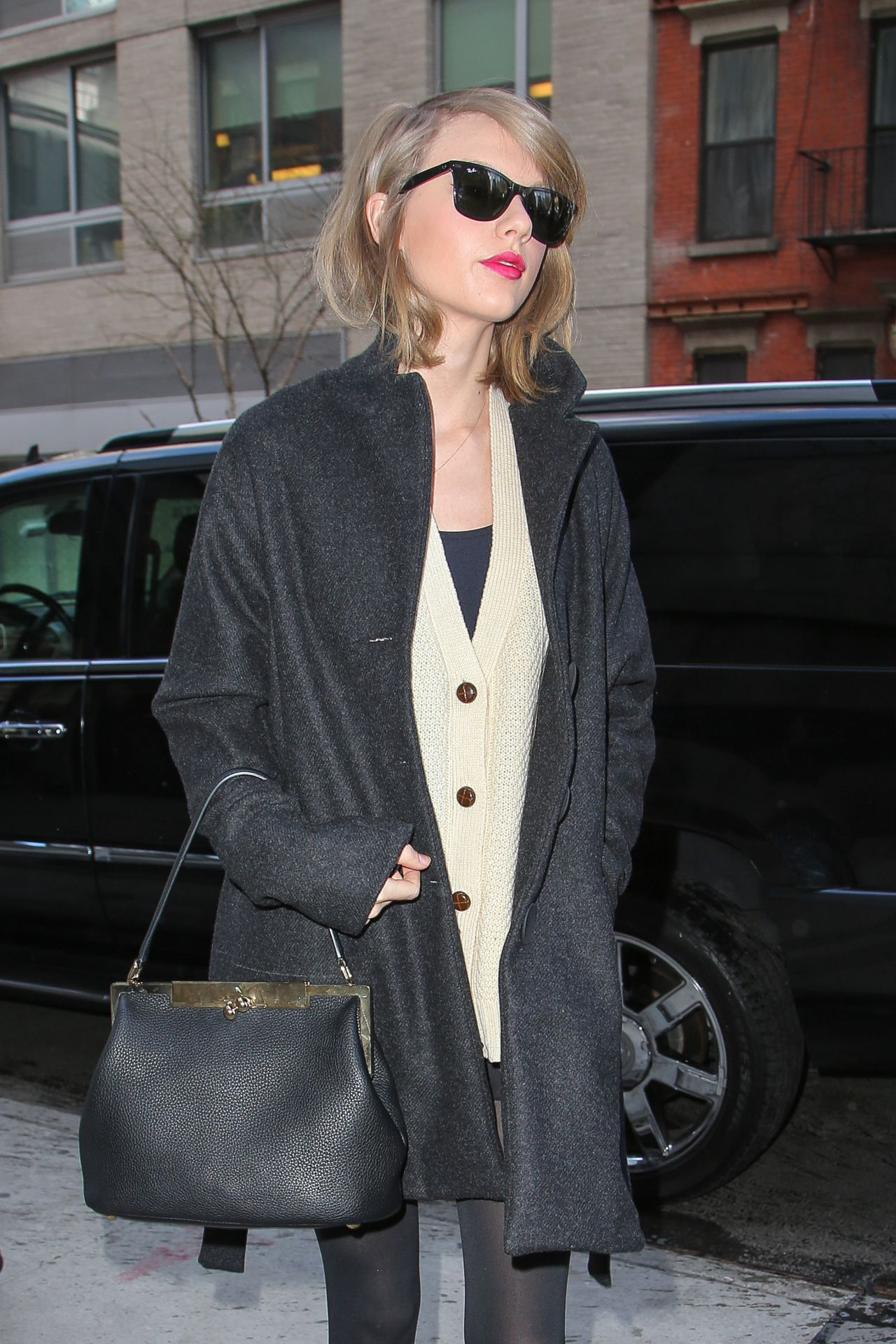 Taylor Swift Casual Style Out In New York City March 2014
