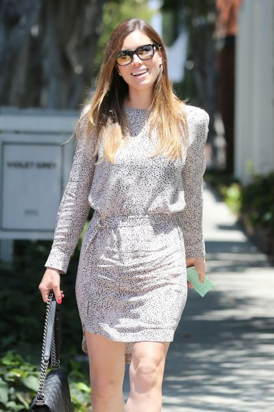 Jessica Biel - Shopping on Melrose Place at Zimmerman West ...