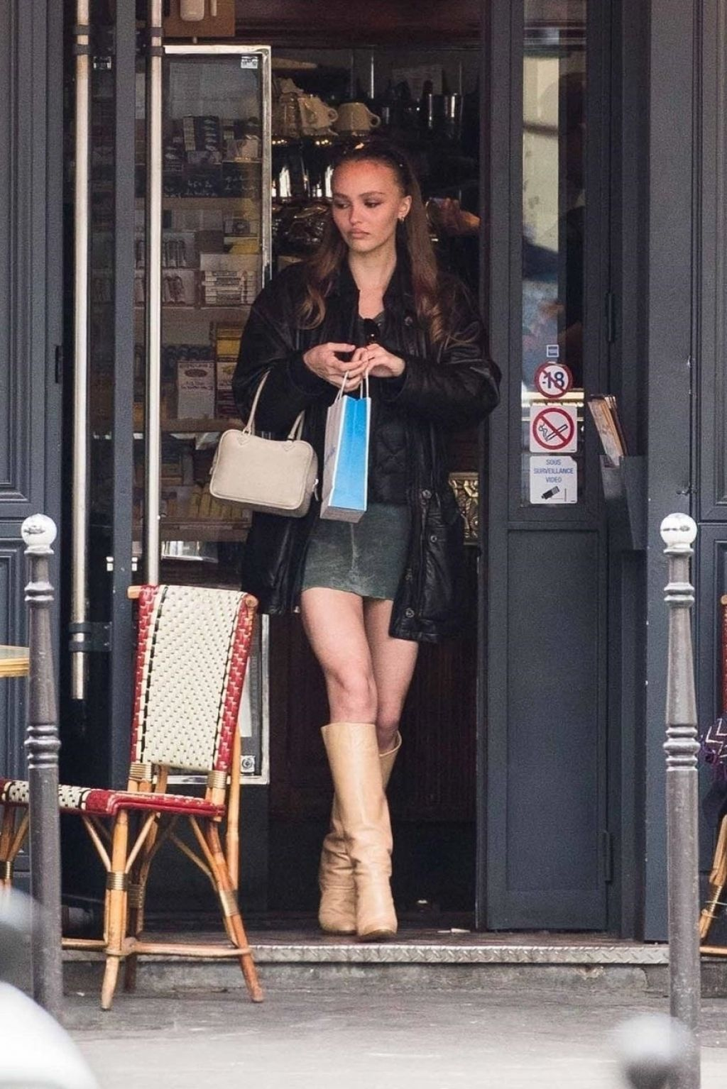 Lily Rose Depp Out For Lunch In Paris 03 26 2019
