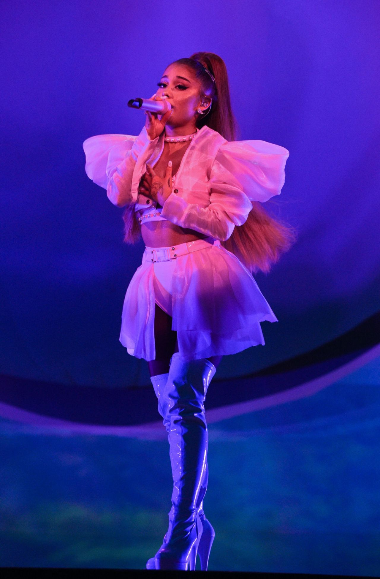 """Ariana Grande - Performs Live at the """"Sweetener World Tour ..."""