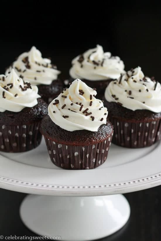 Small Batch Chocolate Cupcakes Makes 6 Chocolate Cupcakes