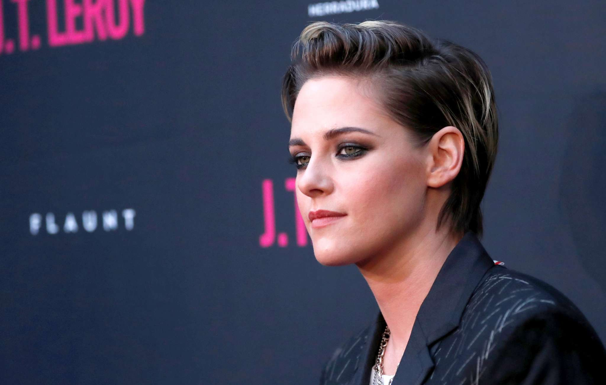 Kristen Stewart Explains Why She Came Out After Twilight