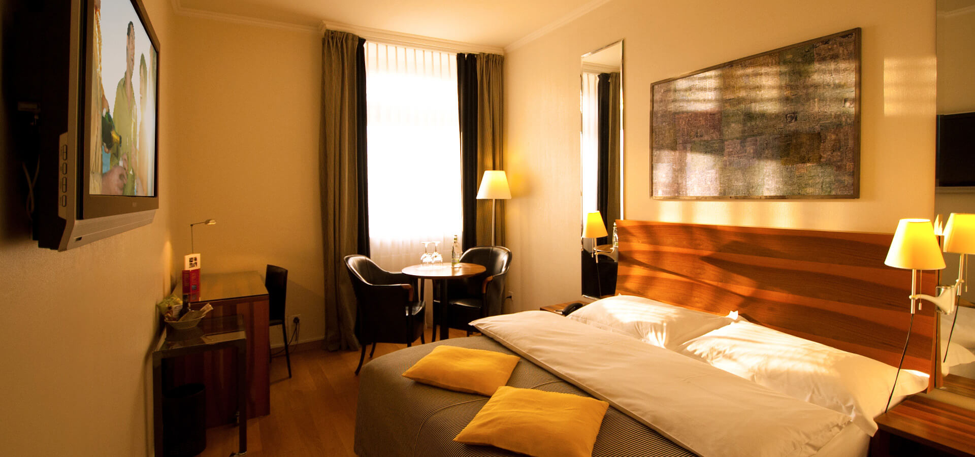 Central Plaza Hotel | City Hotel of Zurich since 1883