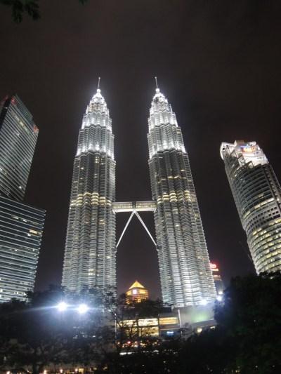 Cara Liburan Hemat ke Kuala Lumpur (KL), Malaysia bareng ...