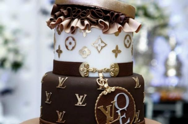 Foodista Indulge In Some Luxury With This Louis Vuitton Cake