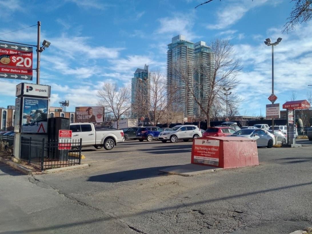Calgary Restaurants Downtown 6th Avenue