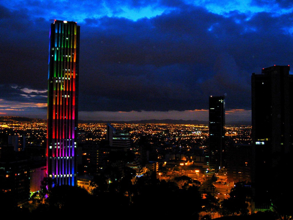 Average And Minimum Salary In Bogota Colombia Check In