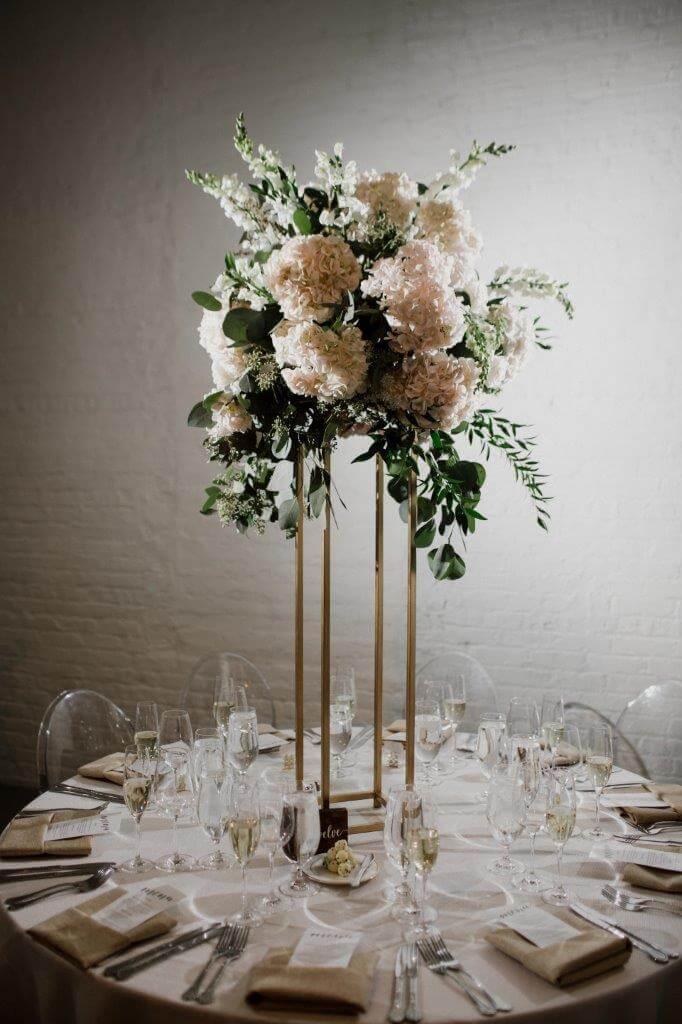 Wedding Centerpieces Tall Rustic Flowers Chez Wedding