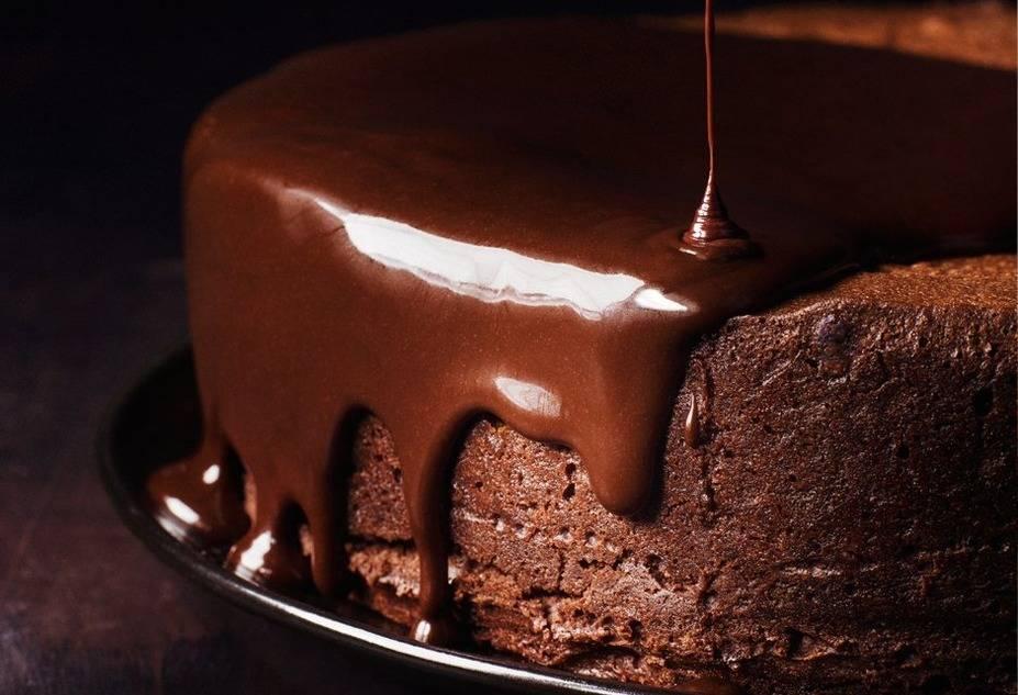 Csokoládé máz a tejföllel